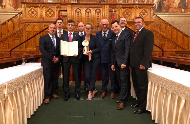 Orteza pentru corecția diformităților craniene congenitale, unică în România premiată la Value&Quality Award, Ungaria